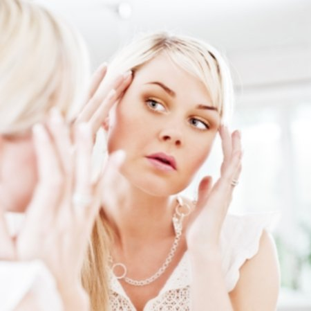 woman.mirror